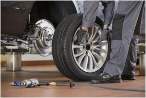 Cần dịch vụ vá lốp ô tô tại nhà - Liên hệ: 0938.724.247 1
