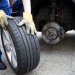 Thay lốp xe ô tô tại TPHCM